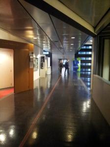 つなぎの廊下